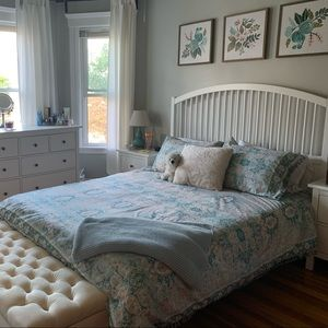 Urban Outfitters Duvet Cover and 2 Shams
